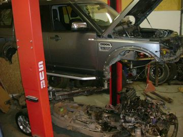 land rover vehicle repair